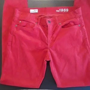 50% OFF Pretty Red Gap Corduroy Legging Jeans